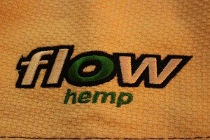 flow kimonos hemp series gi jacke flow hemp logo
